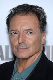 Photo de Armand Assante Padre Antonio