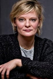 Martha Plimpton Headshot