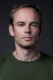 Thomas Ryckewaert isDominique