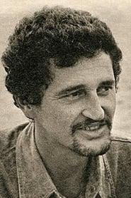 Adriano Stuart
