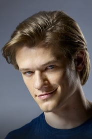 Photo de Lucas Till Angus 'Mac' MacGyver