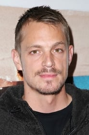 Photo de Joel Kinnaman Thomas