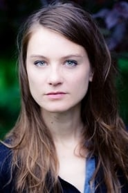Charlotte Krenz isCaroline