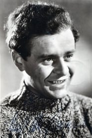 Niall MacGinnis