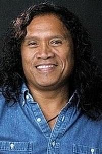 Henry Kapono Ka'aihue