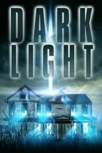 En la oscuridad (Dark Light) (2019)