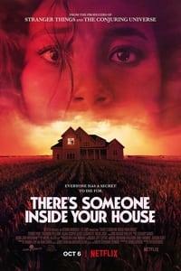 Hay alguien en tu casa (2021)