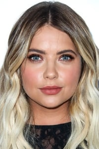Ashley Benson isHanna Marin