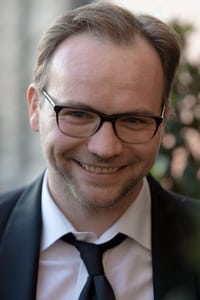 Thomas Stipsits as Lorenz in Tomcat