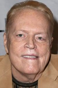 Larry Flynt as Himself in Circus of Books