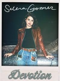 Selena Gomez: Devotion