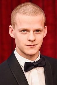 Lucas Hedges as Ian in mid90s