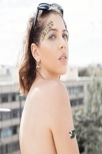 Andressa Lee as Noiva (ensaio fotográfico) in About Us