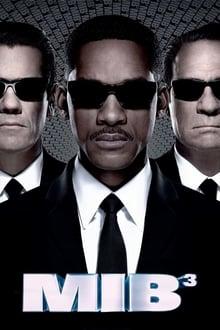 Vyrai juodais drabužiais 3