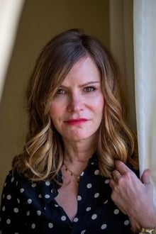 Photo of Jennifer Jason Leigh