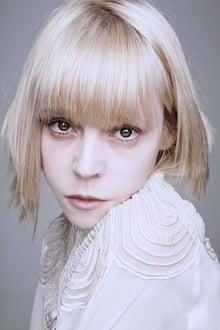Photo of Antonia Campbell-Hughes