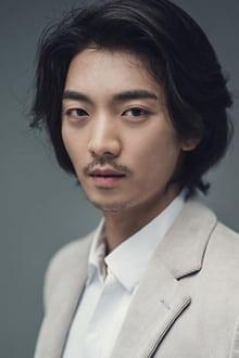 Photo of Hwang Hee
