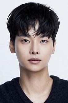 Photo of Cha Hak-yeon