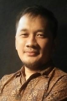 Photo of Hanung Bramantyo