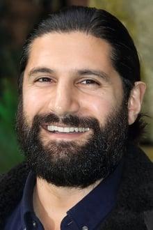 Photo of Kayvan Novak