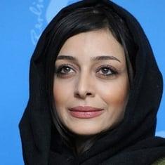 Sareh Bayat biography