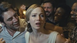 Ultimo trailer online Pelicula Madre!