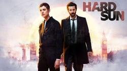Posters Serie Hard Sun en linea