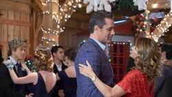 Trailer latino Pelicula Homegrown Christmas