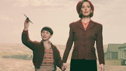 Nuevo Trailer de My Mother and Other Strangers serie online