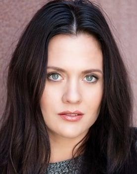 Olivia May Photo