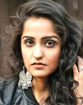 Asees Kaur Photo