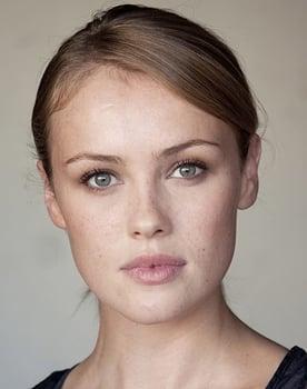 Hannah New Photo