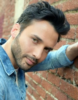 Ernesto Reyes Photo