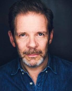 Thomas Jay Ryan Photo