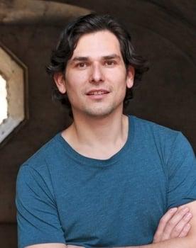 Alan Estrada Photo