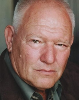 Ron Dean isAndy'