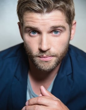 Mike Vogel Photo