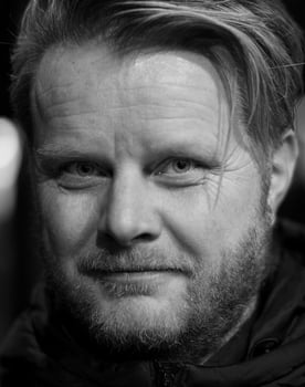 Ginge Anvik Photo