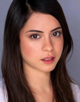 Rosa Salazar isAlita