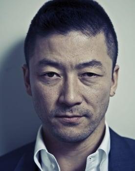 Tadanobu Asano Photo