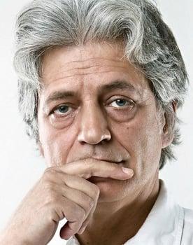 Fabrizio Bentivoglio Photo