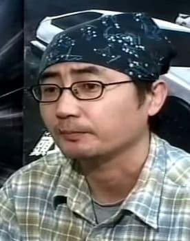 Tsuneo Tominaga Photo