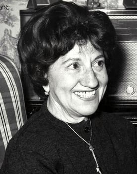 Julia Caba Alba Photo