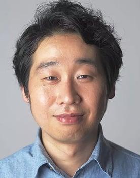 Tomoya Maeno Photo