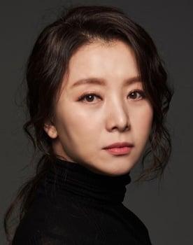 Seo Ji-young Photo