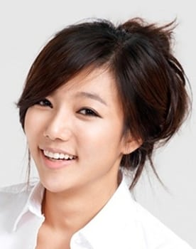 Lee Chae-young Photo