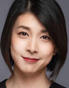 Yûko Takeuchi Photo