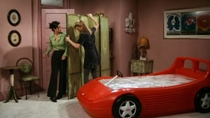 S3-E7: The One With The Race Car Bed