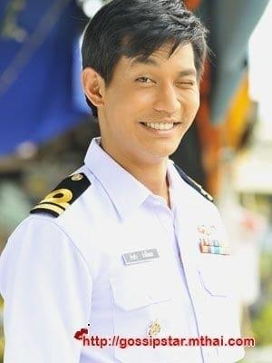 Supakorn Kitsuwon isKhun Krabii