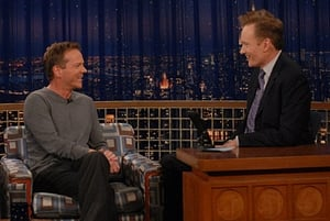 Episodio TV Online Late Night with Conan O'Brien HD Temporada 16 E44 Episodio 44